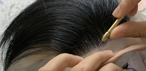 髪の毛1本ずつをかけるためのナッティング針